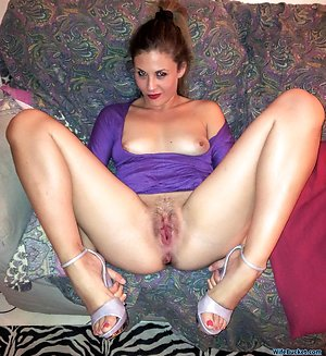 Cute young wife addicted to sexting
