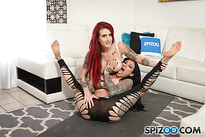 JenXXX Yogas Lessons 4k Pics - Tana Lea and Jenevieve Hexxx get their lesbian on