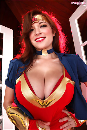 Tessa Fowler Vol03 Set01
